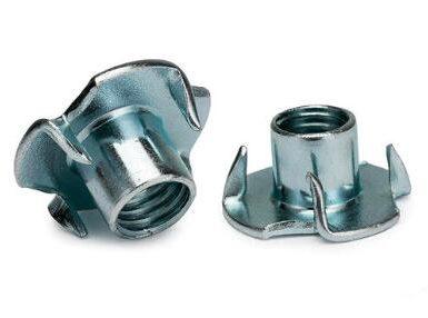 DIN1624 dört pençe somun karbon çelik çinko